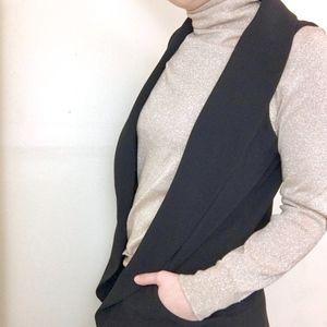 Daniel Rainn elegant black vest